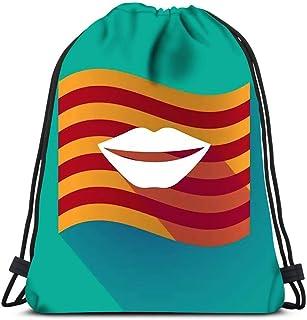 Mochila con cordón Sombra Larga ondeando la Bandera de Cataluña con Boca Femenina Sonriendo para la Escuela o los Viajes