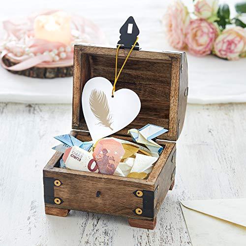 Casa Vivente Schatztruhe mit Gravur – Zum 18. Geburtstag – Personalisiert mit Namen – Aufbewahrungsbox aus dunklem Holz – Verpackung für Geld und Gutscheine – Geschenkidee zur Volljährigkeit - 6