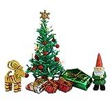 Lundby 60-604700 - Weihnachtsdeko Christbaum mit LED-Licht Puppenhaus - 7-teilig - Puppenhauszubehör - Weihnachtsbaum - Weihnachtsmann - Zubehör - ab 4 Jahre - 11 cm Puppen - Minipuppen 1:18 -