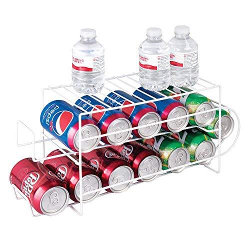 mDesign Organizador de frigorífico para alimentos – Moderno organizador de cocina para latas de bebida y conservas – Soporte y dispensador de latas fabricado en metal para ordenar la nevera – blanco