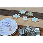 RM-International-1986-Mini-Snowfall-Cookie-Cutters-Snowman-Tree-3-Snowflakes-5-Piece-Set