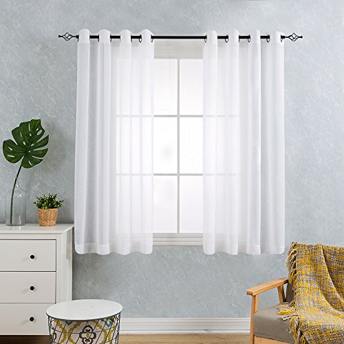 TOPICK Weiß Kurze Gardinen Vorhang für Wohnzimmer transparent mit Ösen Ösenschal dekoschal Voile 145 x 140 cm (H x B) 2er Set