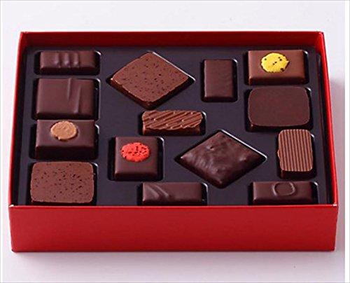 ピエールエルメ パリ PIERRE HERME PARIS チョコレート ボンボン ショコラ14個詰合わせ