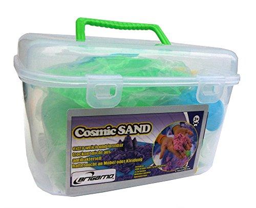 Praktisch im Trage-Koffer: 1 kg Cosmic Sand, Magischer Sand mit Förmchen und Spielunterlage