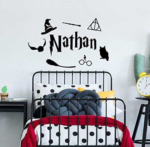 MASERTT Personalisierter Name Wandtattoo Wizard Nursery Magic Wandtattoo Inspiriert von Harry Potter für Kinderzimmer Dekor 92x57 cm