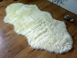 ***Please Be Aware That All Sheepskin And Faux Sheepskin Rugs Shed Their Pile For A Period Of Time Before Settling*** Available In 3 Different Sizes: ( 70cm x 100cm, 70cm x 140cm And 75cm x 75cm(Heart Shape)) Non Slip Latex Backing Is Ideal For Lamin...
