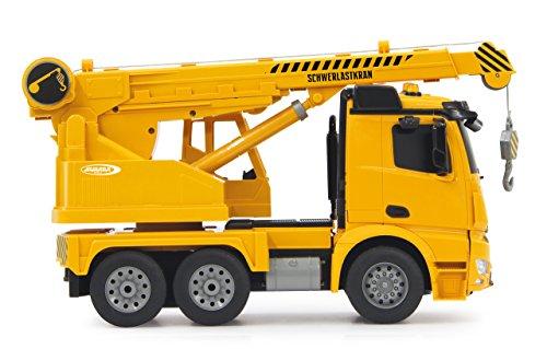 RC Auto kaufen LKW Bild 5: Jamara 404950 - Schwerlastkran Mercedes Arocs 1:20 2,4G – drehbarer und ausfahrbarer Kran, Seil heben / senken, realistischer Motorsound, Hupe, Rückfahrwarnsound, 4 Radantrieb,gelbe LED Signallichter*