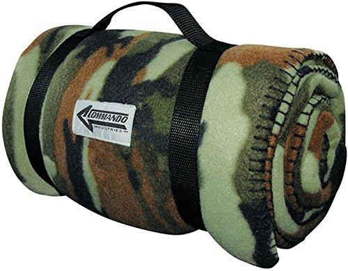 CI Bundeswehr Fleece Decke aus warmen Polarfleece Farbe Woodland
