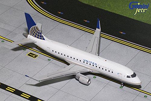 Gemini200 United Express ERJ-175 E175 N163SY 1:200 Scale Model Airplane, White
