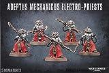 GAMES WORKSHOP Figura de acción de 891160009 en Warhammer 40 en Adeptus Mechanicus Electro-Priests
