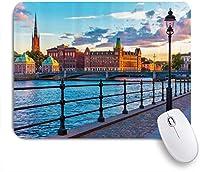 VAMIX マウスパッド 個性的 おしゃれ 柔軟 かわいい ゴム製裏面 ゲーミングマウスパッド PC ノートパソコン オフィス用 デスクマット 滑り止め 耐久性が良い おもしろいパターン (スカンジナビア旧市街)