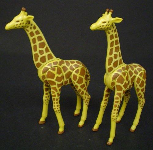 PLAYMOBIL N � 7035     2 jirafas grandes