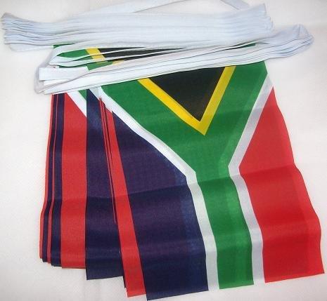AZ FLAG Guirnalda 6 Metros 20 Banderas de SUDÁFRICA 21x15cm