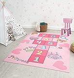 the carpet Happy Life - Alfombra de juegos para habitación infantil, lavable, diseño de números, color rosa, 140 x 200 cm