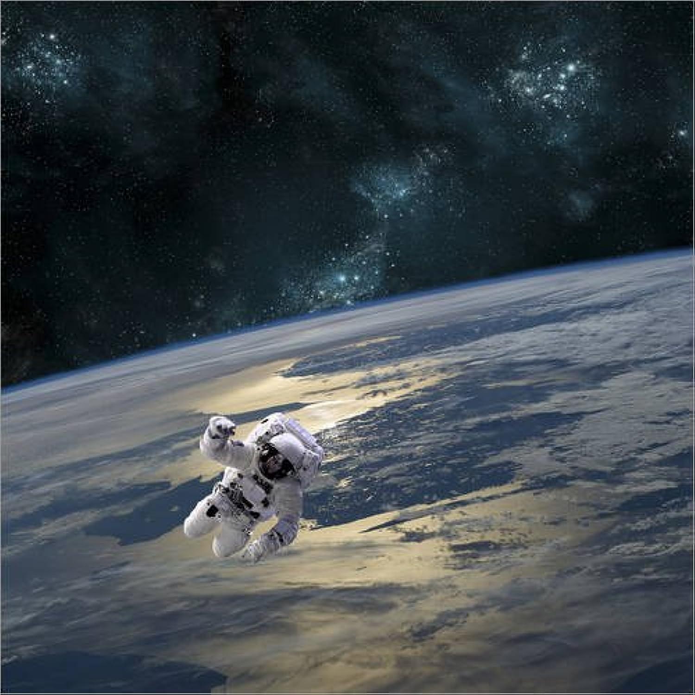 envío rápido en todo el mundo Posterlounge Cuadro de Madera 60 60 60 x 60 cm  An Astronaut Floating Above Earth. de Marc Ward Stocktrek Images  tienda