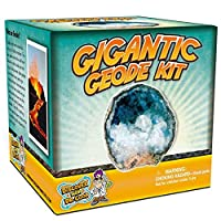 Break Open A Gigantic Geode - This Large Rock Has Amazing Crystals Inside! by Discover with Dr. Cool [並行輸入品]