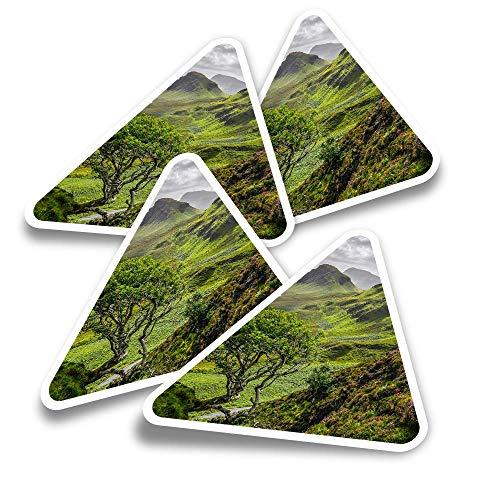 Pegatinas triangulares de vinilo (juego de 4) - Quiraing Mountains Isla de Skye Scotland Fun Calcomanías para portátiles, tabletas, equipaje, reserva de chatarra, neveras #16377