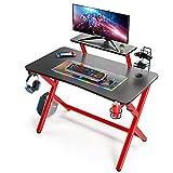 Mesa Gaming de 110cm, Escritorio de Ordenador, Mesa de Oficina con Superficie de Fibra de Carbono, con Soporte para Controlador y Taza y Gancho para Auriculares