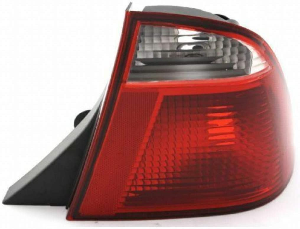 CarLights360: For Ford 驚きの値段 Focus 期間限定特別価格 Tail Assembly 2006 2007 Light 2005