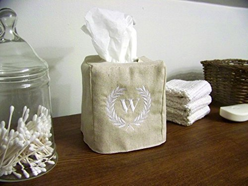 Embroidered Laurel Wreath Tissue Box Cover