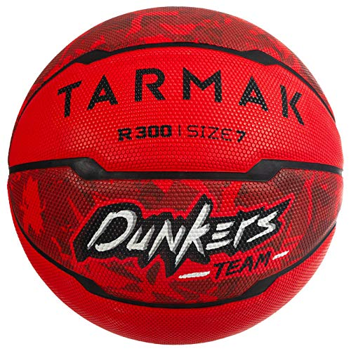 Affordable TARMAK R300 Size 7 Basketball for Beginners Aged 13 and Up - Red.