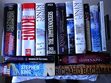 Collection of Stephen King Paperback Books (Lot)