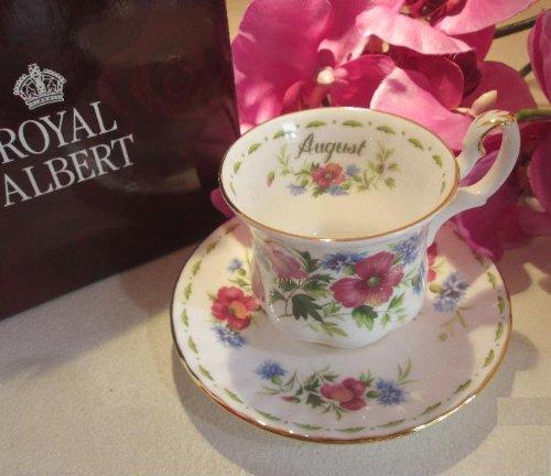 Tazas de café Royal Abert, meses de agosto.