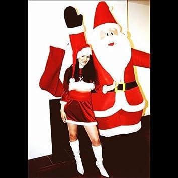 Santa's On His Way to Town - Single
