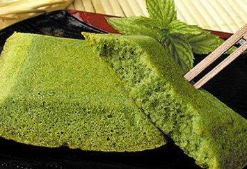 宇治抹茶を贅沢に使用し、しっとりじっくり焼き上げました。 京都・宇治抹茶フィナンシェ 舞妓の茶本舗自慢の宇治抹茶を贅沢に使用し、しっとりじっくり焼き上げました。