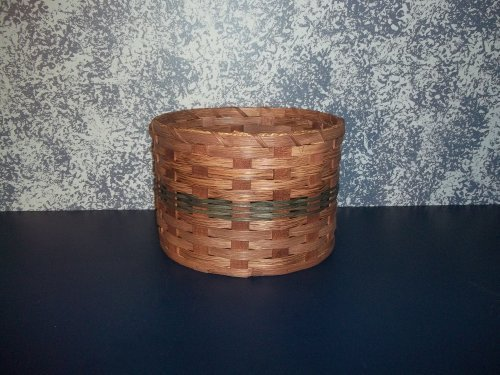 Amish Handmade Primitive Paper Plate Carrier Holder Basket. Measures 10' X 10' X 7'. Amish Country Handwoven Basket Holds Paper Plates Perfectly. This Primitive Basket Adds a Touch of Class to Your Country Buffet. Colors May Vary (Brown, Black, Red, Green, Blue, Purple, Burgundy, Natural) by KENZIE'S STARS AND GIFTS