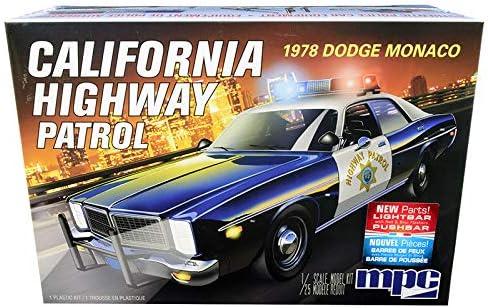 New Skill 2 Model Kit 1978 限定モデル CHP 永遠の定番 Monaco Highway Dodge California