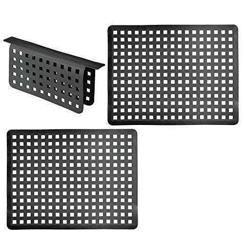 mDesign Juego de 3 alfombrillas para fregadero de plástico – Escurreplatos grande con diseño de rejilla para proteger contra arañazos – Rejillas escurridoras para fregaderos dobles – negro