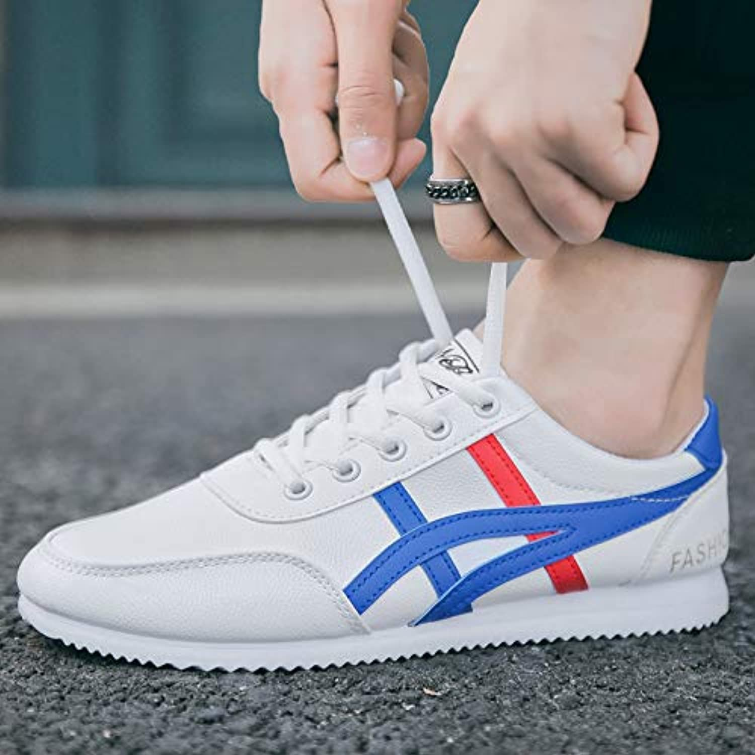 LOVDRAM Men's shoes Spring Sports shoes Lightweight Breathable Fashion Men'S shoes Low To Help Casual shoes Korean Version Of The Non-Slip Pu Men'S shoes