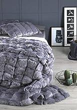 Textils Mora - Manta para Cama Piel sintética KIBO, Pelo Supersuave y Alto Volumen – 230x250cm + 2 Fundas de Cojín (50x75cm) Color Gris