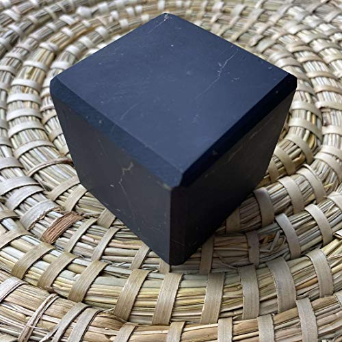 Cubo de Shungite sin pulir de 5 cm, rico en Fullerenes Protección contra EMF, Auténtica piedra de Rusia, Equilibra la energía en los chakras de meditación - Naturesupplies