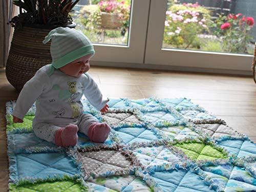 Quilt Decke in Rag-Technik, ohne Deko, ohne Puppe, Puppe dient zu Dekozweck