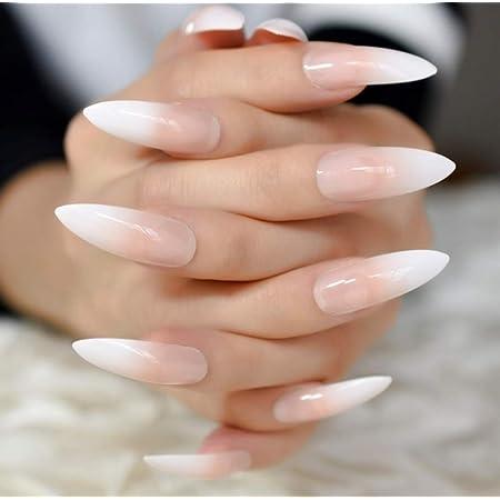 Fingernägel extrem lange Langer Fingernagel