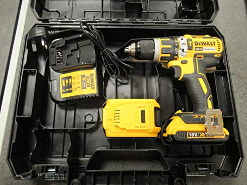 Dewalt DCD795D2-GB XR Brushless Compact Lithium-Ion Combi Drill Bit with 2 x 2Ah Batteries, 18V, 26.19cm x 41cm x 11.71cm
