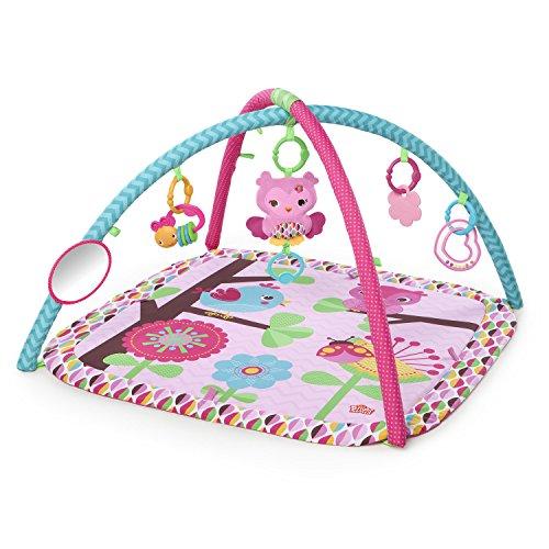 Bright Stars, Charming Chirps, maschinenwaschbare Spieldecke mit Spielbogen, 4 Melodien, babysicherem Spielbogen, Rassel, Greifspielzeug und blumenförmigem Spielzeug, pink