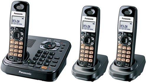 Panasonic Dect 6.0 Expandable Titanium Digital Cordless Answering System - 3 Handset System (KX-TG9343T)
