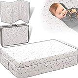 Reisebettmatratze 120x60cm +Tragetasche (100% BAUMWOLLE) für Baby Reisebett/Kinder Bett (Weiß mit hellgrauen Sternen)