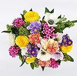 Ramo de flores frescas estilo campestre y colorido