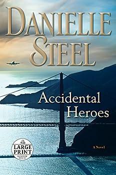 Paperback Accidental Heroes [Large Print] Book