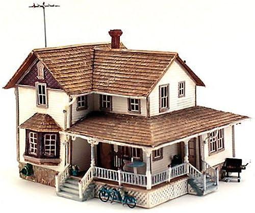 WOODLAND SCENICS BR5046 Corner Porch House HO by WOODLAND SCENICS