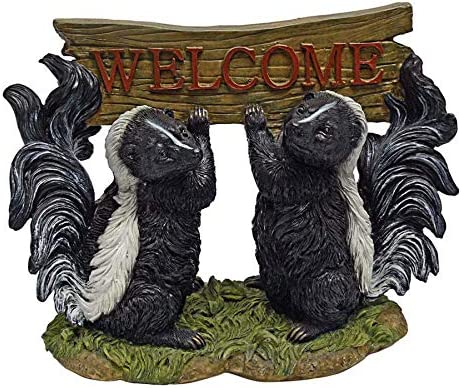 Design Toscano Something Surprise price is in the Air Skunk Mul Tucson Mall Welcome Statue