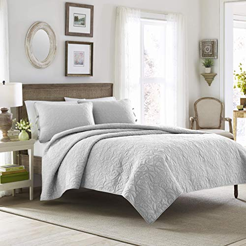 Laura Ashley | Felicity Collection | Quilt Set-Ultra Season Bedding, Reversible Stylish Coverlet with Matching Sham(s), King, Soft Grey
