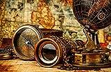 Fondo de concepto de navegación de geografía de viajes: brújula retro vintage antigua con reloj de sol, catalejo y cuerda en mapa antiguo, 50x70 cm sin marco