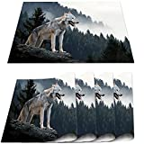 COFEIYISI Manteles Individuales Juego de 4,Animales Timber Wolf Hunting in Mountain Salvamanteles Resistentes al Calor Lavables Vinilo PVC para la Mesa de Comedor de Cocina 30x45cm