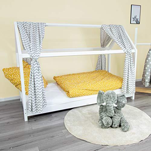 PuckDaddy Hausbett Vorhang Svea – 146 x 298 cm, 2er-Set Stoffhimmel aus 100% Baumwolle in Weiß mit Chevron Muster, hochwertiger Bettvorhang fürs Kinderzimmer