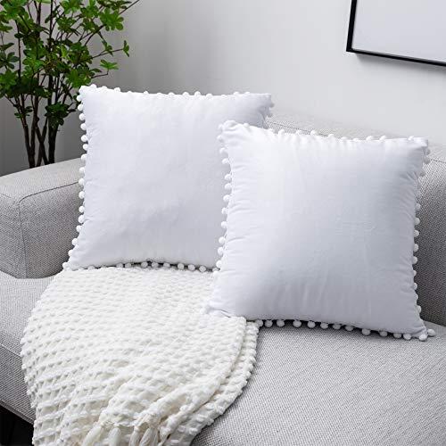UPoPo Juego de 2 fundas de cojín de terciopelo con pompones, decorativas, de un solo color, para sofá, dormitorio, salón, con cremallera, 45 x 45 cm, color blanco